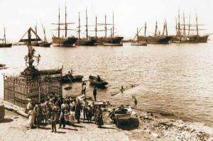 Navi nel porto di Procida inizio '900