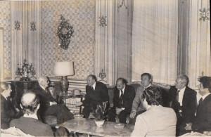 1976. Sindaco e Giunta Ponza dal Presidente Pertini. Smaller size