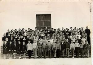 Alunni scuola avviamento di Ponza anno scolastico 1962-63