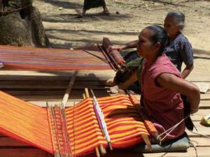 Tessitrici del Laos
