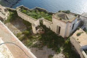 Il Faro. Gli annessi dall'alto