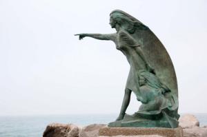 Monumento alla sposa del marinaio. Rimini