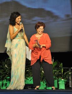 Premiazione di Aurelia Arba tessitrice sarda
