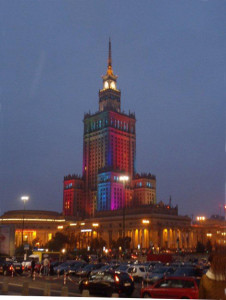 Il Palazzo della Cultura a Varsavia. Sera