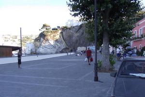 Il piazzale di Giancos.2