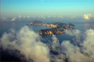 Ponza. Aerial view. Foto da Flickr