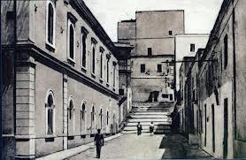 L'affaccio dell'Emporio Musella sulla strada antica.