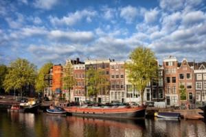 Amsterdam. Canali e case