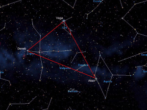 Triangolo estivo. Cigno Vega e Lira
