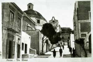 Antica foto. L'angolo della piazza prima di Pippo