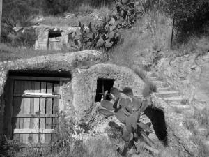 Casa-grotta-a-Frontone.BN