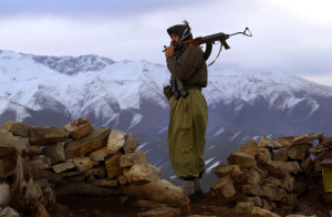 Kurdistan. Nevi. Fucile