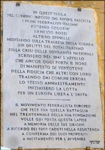 Ventotene. Targa di p.zza Castello. Municipio