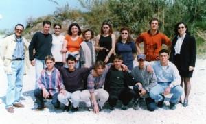 Antonio Mazzella è il secondo da destra, con il cappellino