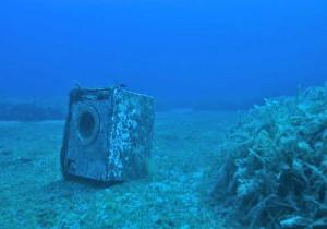 I rifiuti contaminano i fondali marini