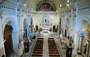 Interno chiesa di S. Francesco di Paola a Cagliari
