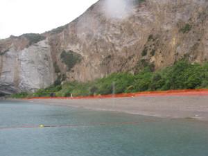Zona di sin. della spiaggia. Rete rossa