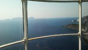Palmarola e Capo Bianco dalla Lanterna del Faro