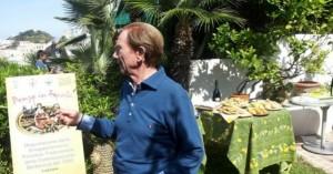 Osvaldo Bevilacqua nel giardino de La Limonaia