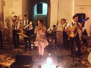 Gruppo con cantante