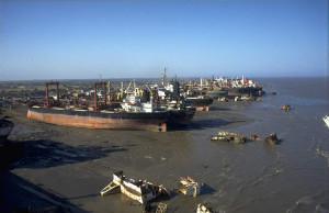 La spiaggia di Alang