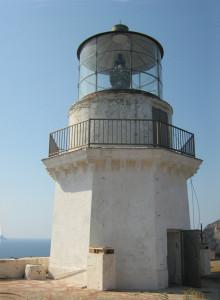 La struttura con il fanale del Faro della Guardia