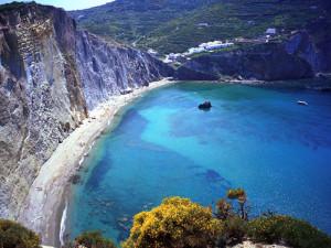 Spiaggia-di-Chiaia-di-Luna-dallalto