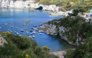 Vacanze a Ponza. Cala Feola