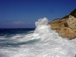 mare di Ponza in tempesta