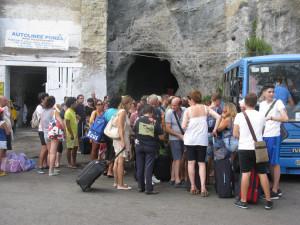 2. Tutti dentro bagagli e persone