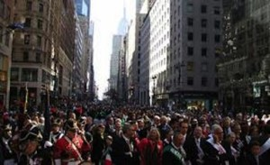 26710322_columbus-day-new-york-4