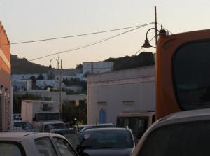5. Imbottigliati nel traffico a Le Forna.1