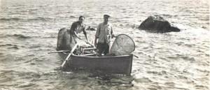 A Zannone con la barca del faro