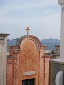 Cimitero. Zannone