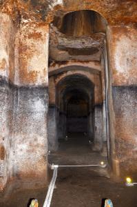 Cisterna della Dragonara copia