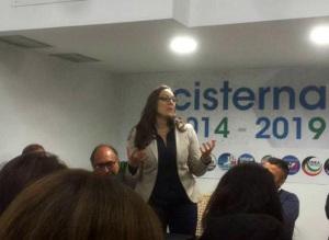 Eleonora Della Penna alla vittoria alle elezioni da Sindaco di Cisterna