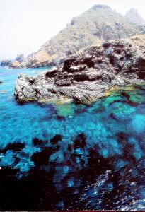 Immagine della costa de La Galite