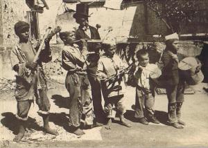 Foto storiche. Banda di scugnizzi
