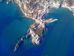 Ponza zona porto vista dall'alto