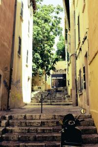 Marseille. Ruelle au panier