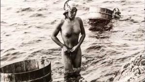 3. Fosco Maraini. L'incanto della donna del mare