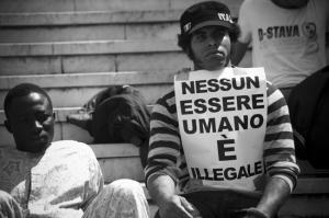 Esseri umani illegali.1