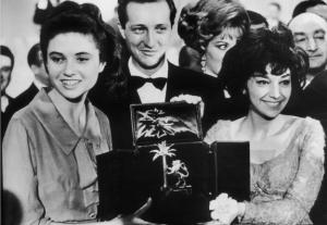 Gigliola-Cinquetti-e-Patricia-Carli-al-Festival-di-Sanremo-1964