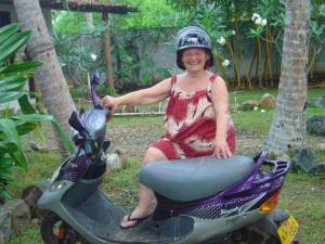 Zia Iole e lo scooter