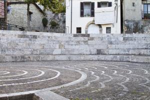 Maenza. Part. piazzetta