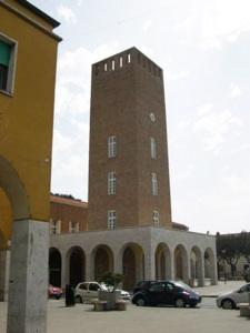 Pomezia_torre_civica