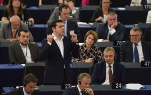 Tsipras parla all'europarlamento