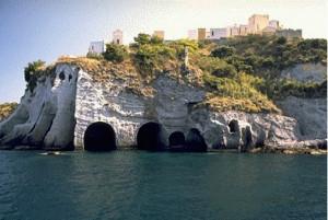 Cimitero visto dal mare