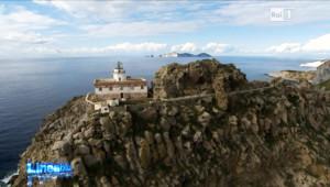 Faro con Palmarola. Linea Blu