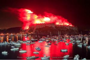 Ischia. Incendio del Castello aragonese